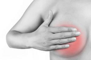 Может ли остеохондроз отдавать в молочную железу