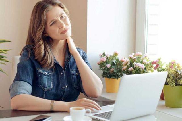 Ком в горле при остеохондрозе шейного отдела - причины и симптомы комка