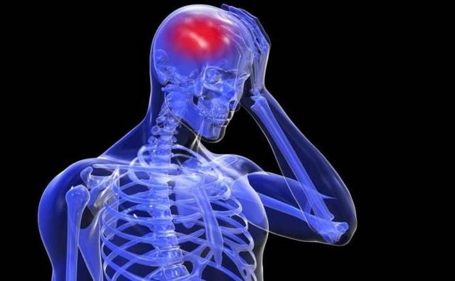 Последствия шейного остеохондроза для организма человека