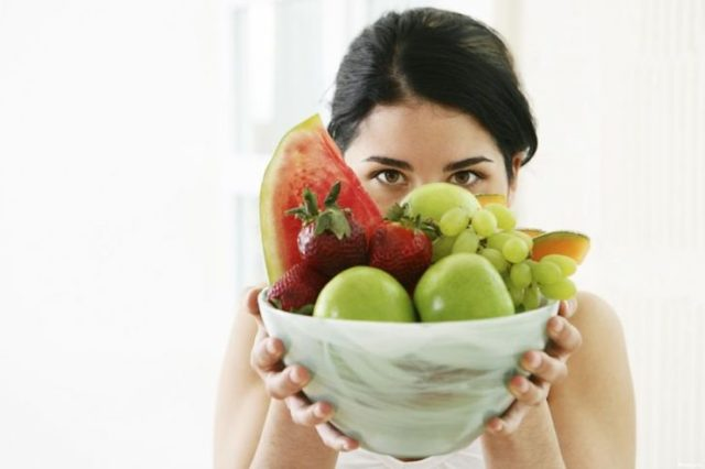 Диета при остром и хроническом цистите у женщин и мужчин: что нельзя есть, что можно кушать