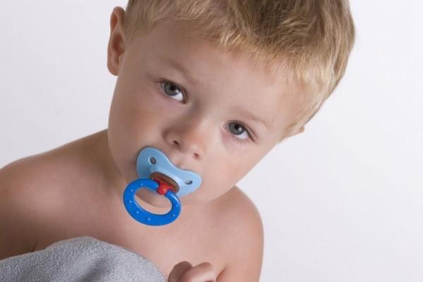 Как отучить ребенка от соски: практические советы