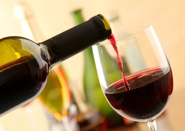 Рак простаты и алкоголь: можно ли пить пиво, вино, крепкие напитки при гормональной, лучевой или химиотерапии (фото, видео)