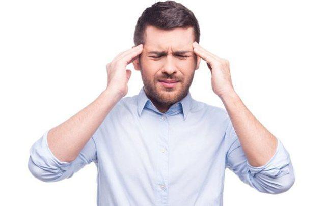 Боль в голове при наклоне вниз: причины