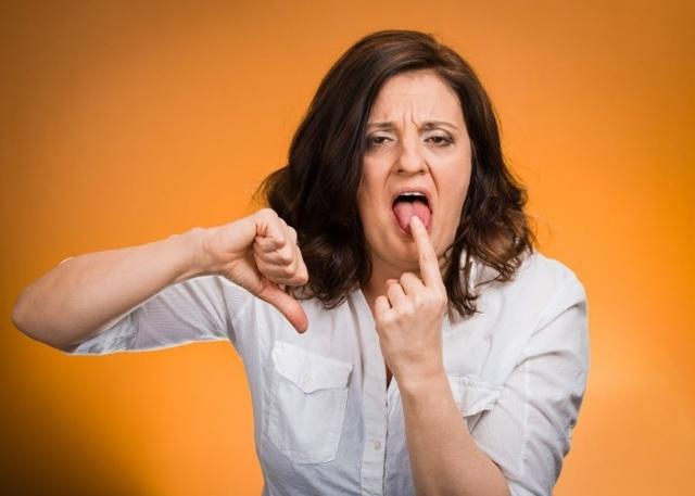 Заброс желчи в пищевод: симптомы и лечение