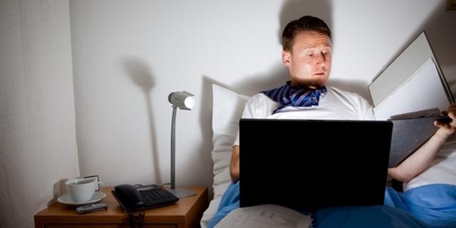 Самые распространенные причины усталости в понедельник и как с этим бороться