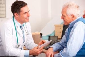 К какому врачу обращаются при патологиях почек: нефролог, уролог