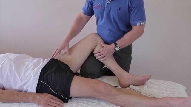 Растяжение мышц бедра: лечение, приводящей, задней поверхности, симптомы, что делать в домашних условиях, МКБ 10, внутренних, четырехглавой, прямой