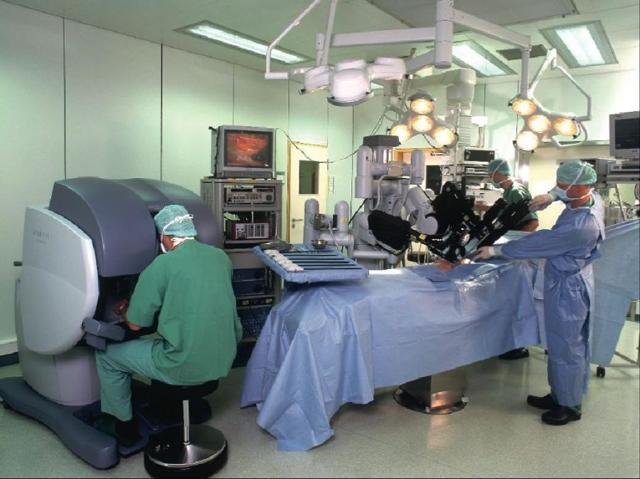 Лечение рака простаты (предстательной железы) с помощью операций и без