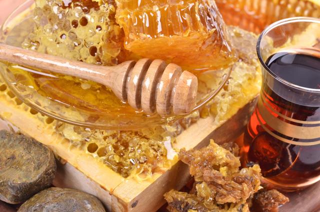 Лечение простатита прополисом - народные рецепты свечей, настоек