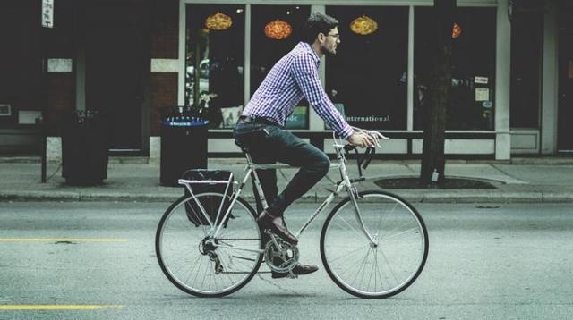 Простатит и велосипед: польза, как минимизировать вред (выбор седла, стиль езды, одежда), противопоказания (фото, видео, отзывы)